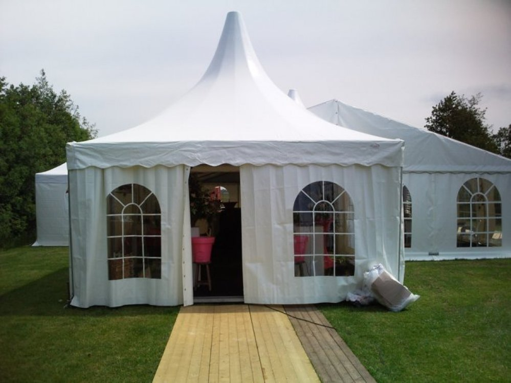 cafe-vlist-partytent1